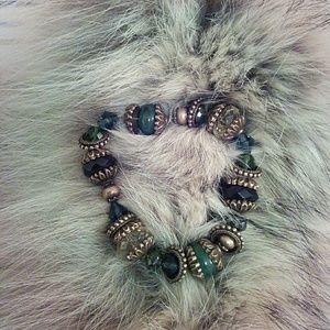 Jewelry - Beaded stretch bracelet